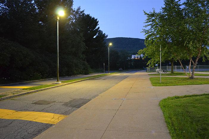 School using solar lighting